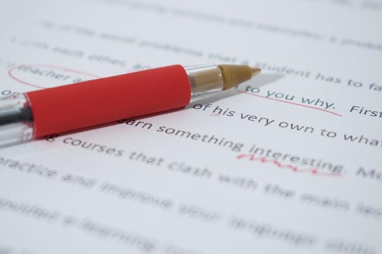 たった3つの英文構成を理解するだけで、簡単に英文が読めるようになる!?